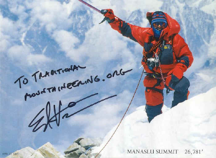 Ed Viesturs signs a poster for TraditionalMountaineering
